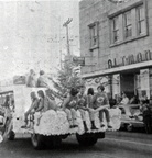 Junior Optimisses in the 1967 Christmas parade